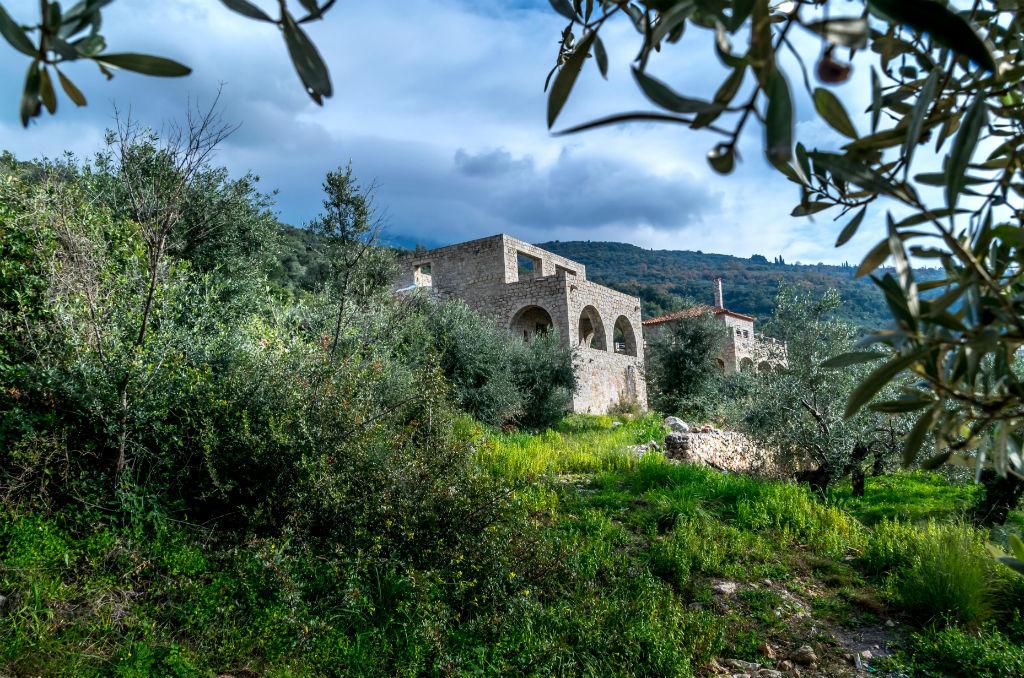 wybudowac-dom-grecji-dom-szkieletowy-budowa-od-zera